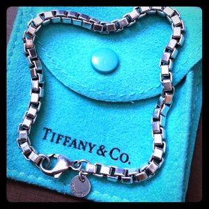 Tiffany and Co. Venetian Box Chain Bracelet 7